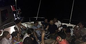 6 kişilik tekneden 16 kaçak göçmen çıktı