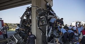 Ankara-Eskişehir karayolunda otobüs kazası