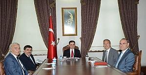 Ankara Valisi Topaca, hayırsever Reha Kora ile okul protokolü imzaladı