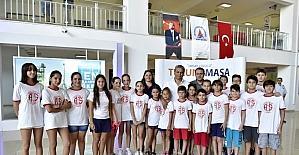 Antalyasporlu miniklerden Başkan Uysal'a randevusuz ziyaret