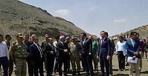 Bakan Yardımcısı Ersoy, Şırnak-Van yolunu inceledi