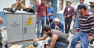 Başkan Karaçanta, işçilerle kahvaltı yaptı