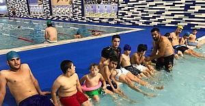 Batman Belediyesi yüzme takımı kuruldu