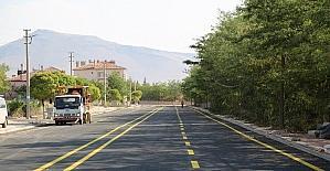 Develi Güney Aşağı Mahallesinde yaya yolu çizgi çalışması
