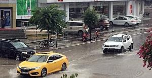 Düzce'de sağanak yağış