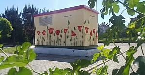 Efeler'de parklar yenilenmeye devam ediyor