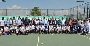 Erzurum'da sporda yeni bir heyecan: Doğu Tenis ligi başladı