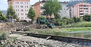 Fatsa Elekçi Irmağı yatağı temizleniyor