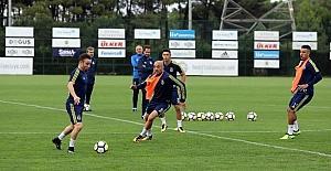 Fenerbahçe, Vardar maçına hazır