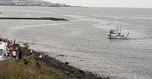 Giresun'da adli dengesi bozuk vatandaş denize atlayarak intihar etti