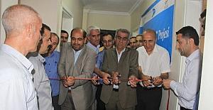 Hakkari'de 'Ak Gençlik Merkezi' açıldı