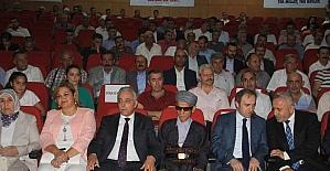Hakkari'de 'Kardeşlik Sınır Tanımaz' konferansı