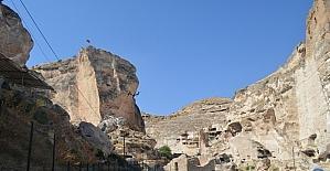 Hasankeyf kalesinin güçlendirilmesi projesinin güvenlik toplantısı yapıldı
