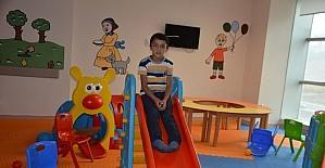Hastanede çocuklar için oyun alanı kuruldu