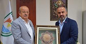 Hatem Okulları'ndan belediye personeline yüzde 50 indirim