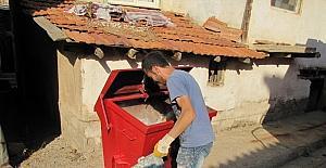 Hisarcık'ta çöp konteynerleri temizleniyor