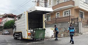 İzmit'te çöp konteynerleri yıkanıyor