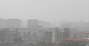 Kayseri'yi toz bulutu kapladı