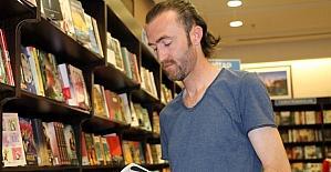 Kitap koklaya koklaya kitap yazdı