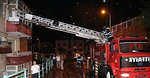 Kozlu itfaiyesinden yangına anında müdahale