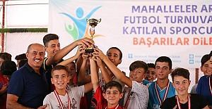 Mahalleler Arası futbol turnuvasında ödül töreni yapıldı