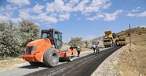 Mazgirt'te asfaltlama çalışmaları