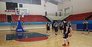 Melikgazi Belediyespor Basketbol Takımı Yerel Lig'de