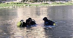 Nehre düşen çocuk öldü