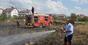 Niksar'da anız yangını