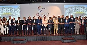 NTSO Başkanı Parmaksız, Samsun'un yıldızları ödül törenine katıldı