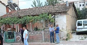 Osmaneli de 1 kişi Evinin Bahçesinde Ölü Bulundu