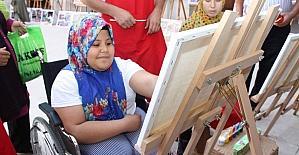 Özel çocuklara kent tarihi, sanat ile öğretiliyor