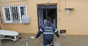 Sağanak yağış Kocaeli'ni olumsuz etkiledi
