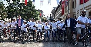 Taşköprü'de bisiklet turu yapıldı