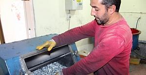 Tek makineyle başladı, Türkiye'ye satıyor