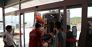 Tunceli'de ambulans ile otomobil çarpıştı: 3 yaralı