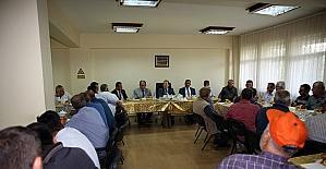 Vali Ali Hamza Pehlivan İl Özel İdare personeliyle kahvaltıda bir araya geldi