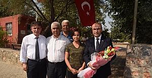 Vali Demirtaş, Sarıçam ilçesinde muhtar ve vatandaşlarla bir araya geldi