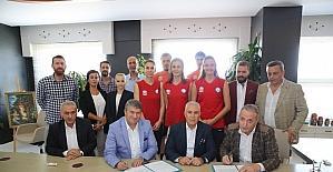 VM Medical Park, Nilüfer Belediyespor'un sağlık sponsoru oldu