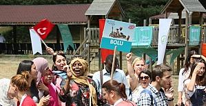 Yabancı öğrenciler Abant'ta doyasıya eğlendi