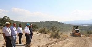 Yunusemre'de ova yolları düzenleniyor