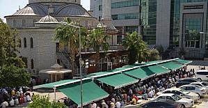 Akdeniz Belediyesi, Hal Camii önüne tente kurdu