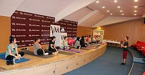 Anne adayları doğuma pilates ile hazırlanıyor