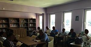"""Dinar'da 40 yükümlüye """"Okumanın Önemi"""" konulu seminer verildi"""