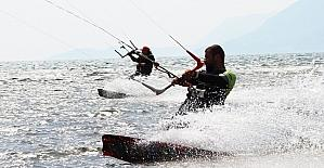 Dünya Kiteboard Şampiyonasının Türkiye ayağı Akyaka'da yapılacak