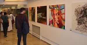 EgeArt, Efeler Belediyesi Uluslararası Sanat Çalıştayı Seçkisi ile başladı