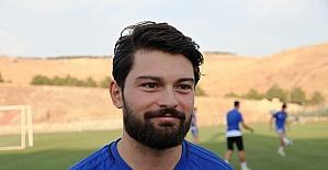 """Evkur Yeni Malatyaspor'un golcüsünden """"oynamak istiyorum"""" mesajı"""