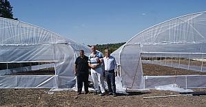 """""""Genç Çiftçi projesi"""" ile kendi işlerini kurdular"""