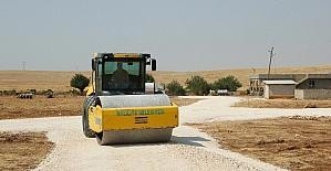 Haliliye Belediyesi kırsaldaki yol ihtiyaçlarını gideriyor