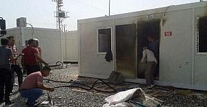 İş kurasında ismi çıkmayınca yaşadığı konteyneri yaktı